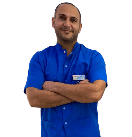 """צוות המרפאה -ד""""ר מואיד אבו בכר מומחה לאורתודונטיה-יישור שיניים-מרפאת העמקים-עפולה"""